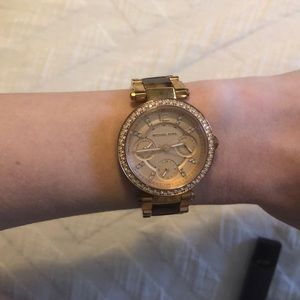 Michael Kors tortoise and rose gold watch